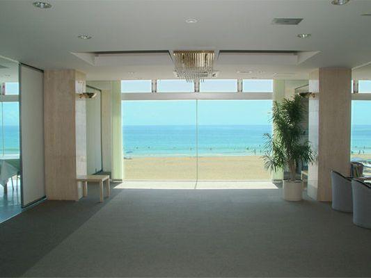 ロビー海のホテルの画像