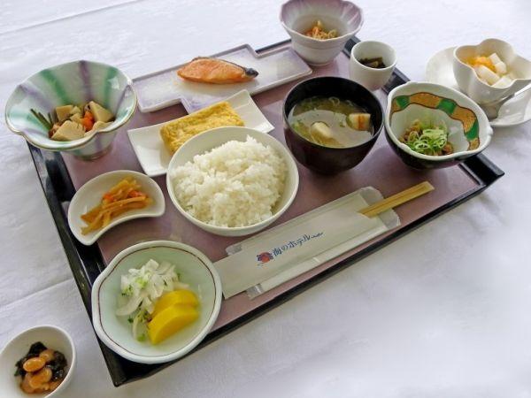 朝食海のホテルの画像