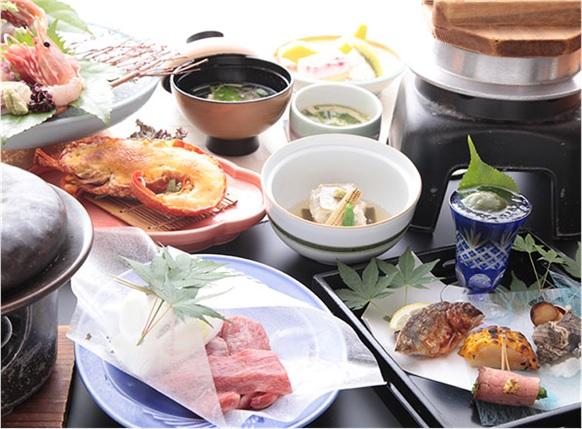食事いづみ荘の画像