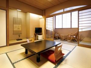 ホテル三泉閣の画像
