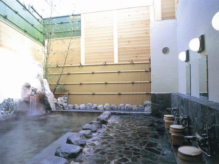 露天風呂・岩風呂