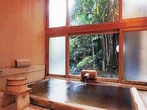 総檜の貸切風呂